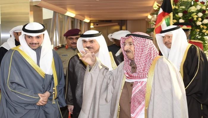 الصباح يترأس وفدا كويتيا إلى عمان للتعزية في قابوس