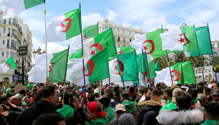 إقالة مسؤول جزائري أهان أحد قادة ثورة التحرير