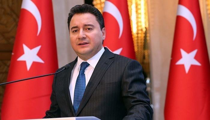 صحيفة تركية: باباجان ينتهي من تأسيس حزبه قريبا