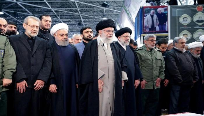 بعد غياب 8 سنوات.. خامنئي يؤم صلاة الجمعة في طهران