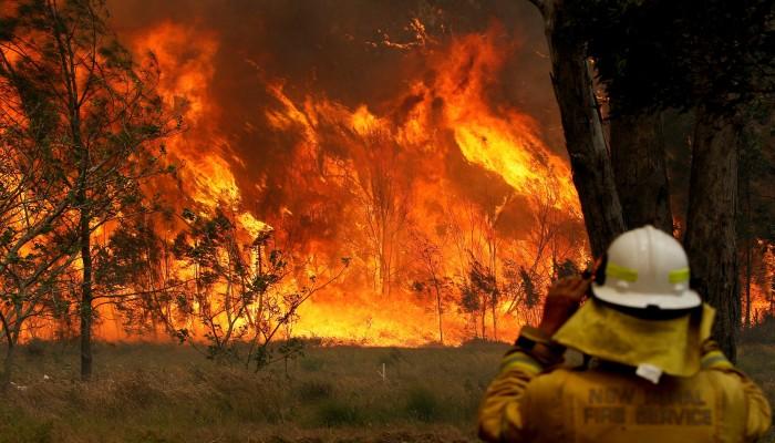 عواصف رعدية مطيرة تجتاح أستراليا.. هل تخفف الحرائق أم تزيدها؟