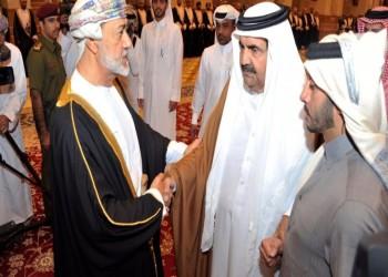 فيديو لوالد أمير قطر بعزاء السلطان قابوس يثير الجدل