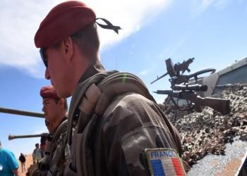 ماكرون يكشف نشر قوات خاصة فرنسية بالخليج