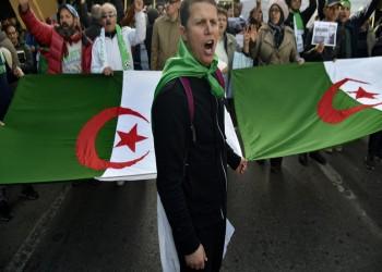 الجزائريون يتظاهرون للجمعة الـ48 مطالبين بتغيير النظام