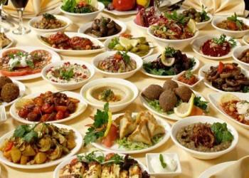 """إلزام مطاعم وقاعات أفراح السعودية بـ""""حفظ النعمة"""""""