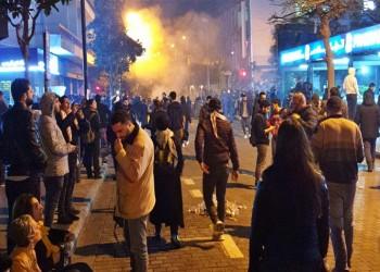 عون يطالب الأمن بحماية المتظاهرين والحريري يحذر من الخراب