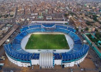 قبل استضافة الأهلي المصري.. إطلاق نار بملعب الهلال السوداني