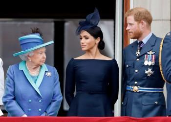 الملكة إليزابيث تعلن تجريد الأمير هاري وزوجته من الألقاب الملكية