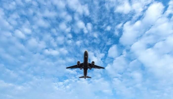 شركات طيران خليجية تواصل تسيير رحلات فوق العراق وإيران