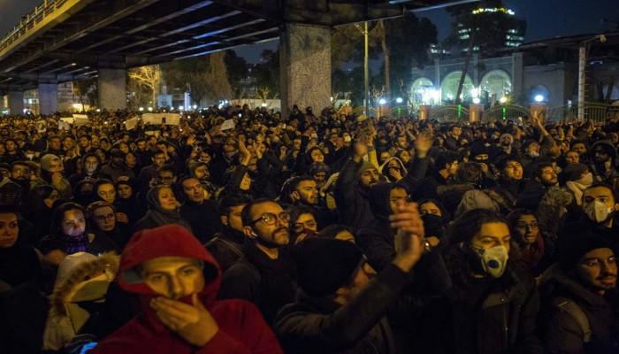 بروكينجز: التصعيد الإيراني الأمريكي تراجع.. لكن الوضع السابق لن يعود