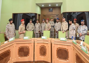وفد عسكري سعودي يزور سلطنة عمان