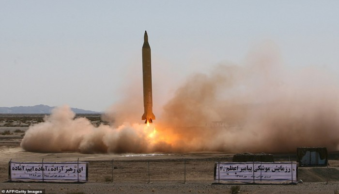 سرقها عملاء إسرائيليون.. وثيقة سرية إيرانية تكشف تفاصيل نووية عسكرية