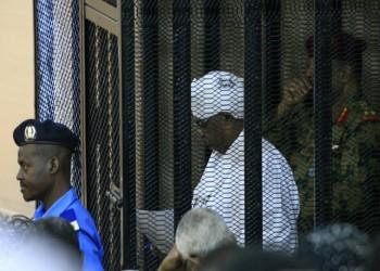 السودان.. أنباء عن نقل البشير إلى مستشفى بأم درمان