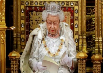 ملكة بريطانيا تصادق على الخروج من الاتحاد الأوروبي نهائيا