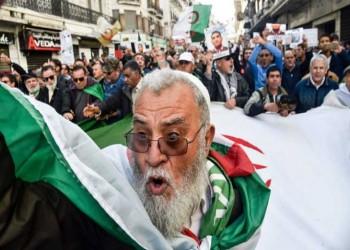 الحراك الجزائري ينظم صفوفه بعد نحو عام من التظاهرات