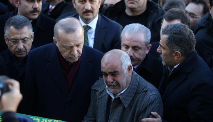 أردوغان يصل للمنطقة المنكوبة بالزلزال شرقي تركيا