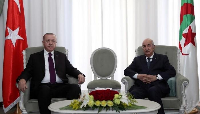 دبلوماسية الباب الخلفي.. لماذا تسعى أنقرة لتوثيق علاقاتها مع الجزائر؟