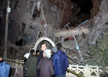 ارتفاع ضحايا زلزال ألازيغ التركية إلى 40 قتيلا