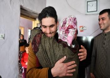 أردوغان يمنح الجنسية التركية لشاب سوري أنقذ ضحايا الزلزال