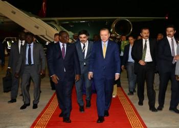 أردوغان يصل إلى السنغال آخر محطات جولته الأفريقية
