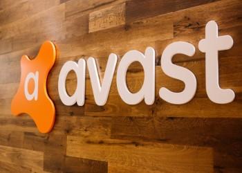شركة أفاست باعت بيانات المستخدمين بملايين الدولارات