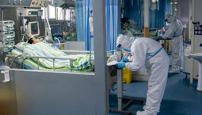 فيروس كورونا الجديد يصل إلى الإمارات