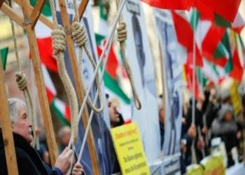 إندبندنت: المعارضة الإيرانية تشبه النظام الذي تحاربه
