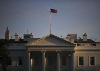 مصدر إماراتي يؤكد اجتماع مسؤولي بلاده مع إسرائيليين بأمريكا