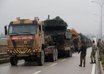 الجيش التركي يعزز قواته الحدوية بـ300 مركبة عسكرية (فيديو)