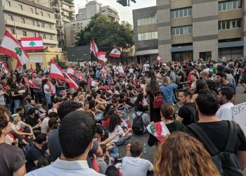 لبنان.. حكومة دياب حصلت على ثقة البرلمان وليس الشعب