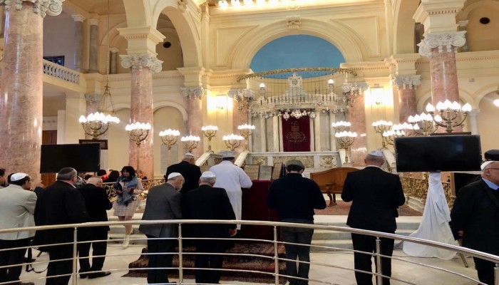 يهود يحتفلون بإعادة افتتاح أقدم كنيس في الإسكندرية