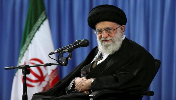 خامنئي يدعو الإيرانيين للمشاركة في الانتخابات والرد على الأعداء