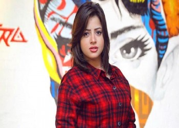 فنانة مصرية تبدي رغبتها في الانتحار إثر فيديوهاتها الإباحية