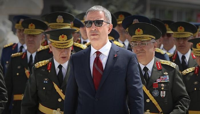 وزير الدفاع التركي: انسحابنا من نقاط المراقبة بإدلب غير وارد