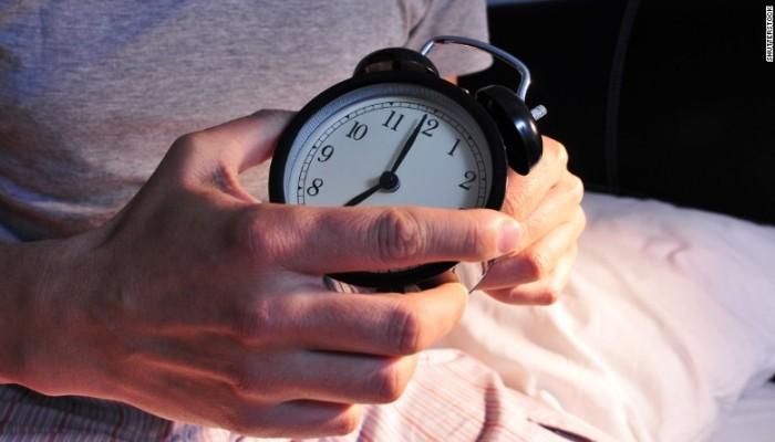 النوم المتأخر.. أحد عوامل السمنة لدى الأطفال
