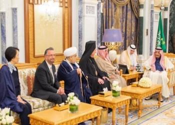 حاخام إسرائيلي في قصر ملك السعودية للمرة الأولى (صور)
