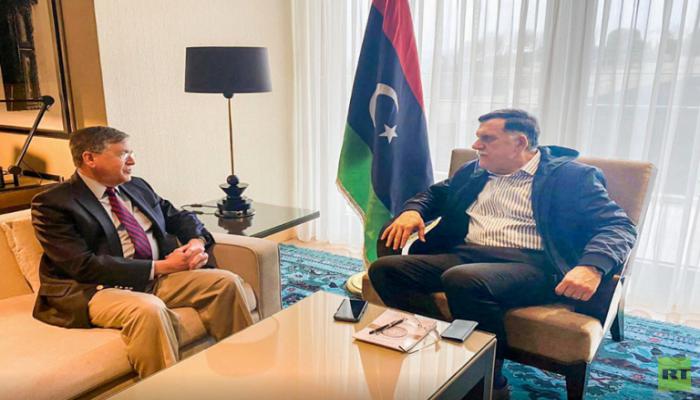 السراج يلتقي السفير الأمريكي لدى تركيا في إسطنبول