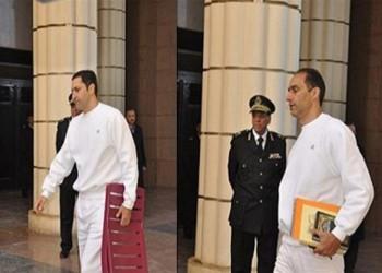 محكمة مصرية تبرئ نجلي مبارك في قضية التلاعب بالبورصة