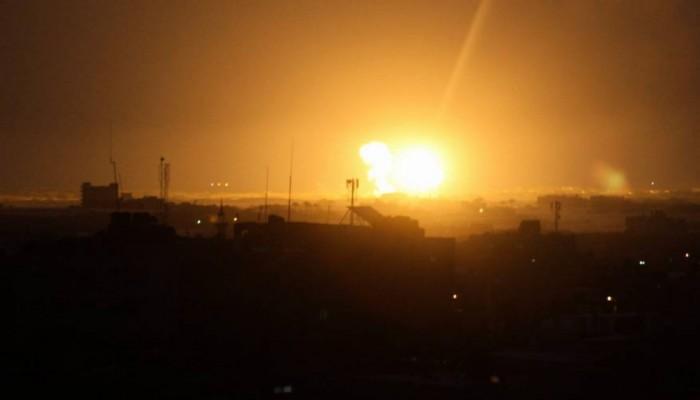 تصعيد في غزة.. اغتيال مقاوم ورد بالصواريخ والاحتلال يقصف القطاع (فيديو)