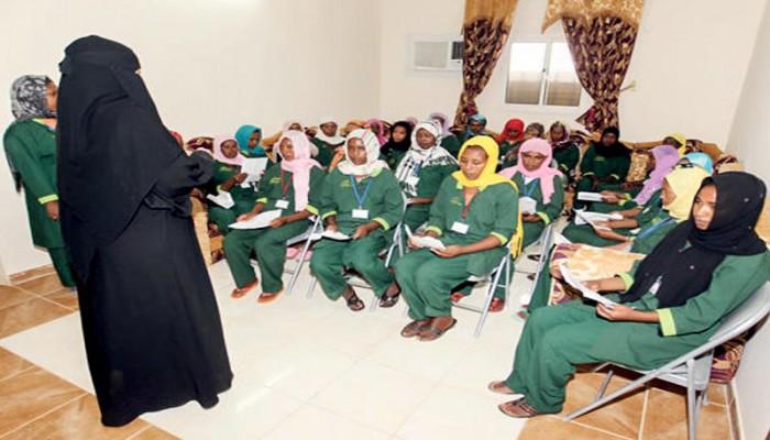 بدء تطبيق عقود العمالة المنزلية الجديدة بالكويت