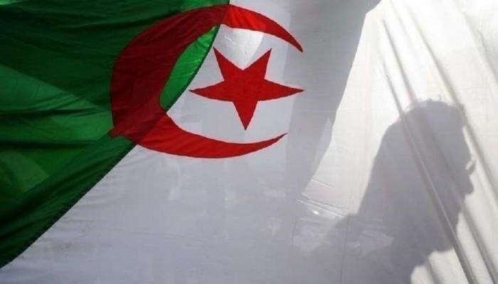 براءة نجل الرئيس الجزائري من تهم فساد
