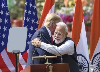 """ترامب في تاج محل.. المسلمون """"هنود حمر"""" الهند؟"""
