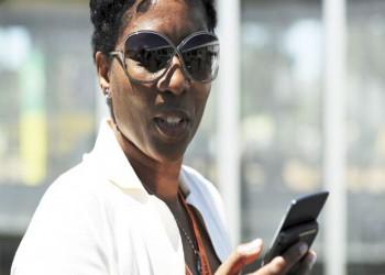قراصنة يخترقون هواتف وزيرة الاستخبارات ونائبها بجنوب أفريقيا