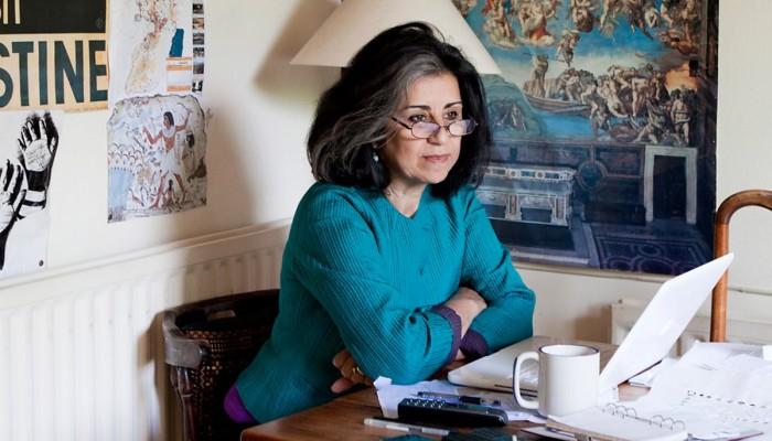حقوقية مصرية تتذكر معتقلي الإمارات بمهرجان في أبوظبي
