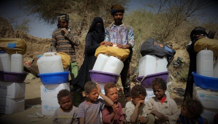 نزوح عشرات آلاف اليمنيين بلا طعام أو مأوى