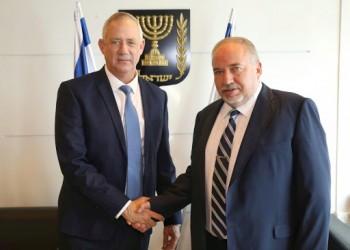 انقلاب سياسي بإسرائيل.. جانتس يتفق مع ليبرمان لتشكيل حكومة