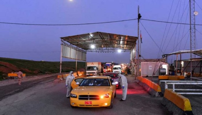 سائقو شاحنات عالقون بين العراق والكويت بسبب كورونا