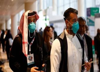 قطر والإمارات توقفان إصدار التأشيرات مؤقتا