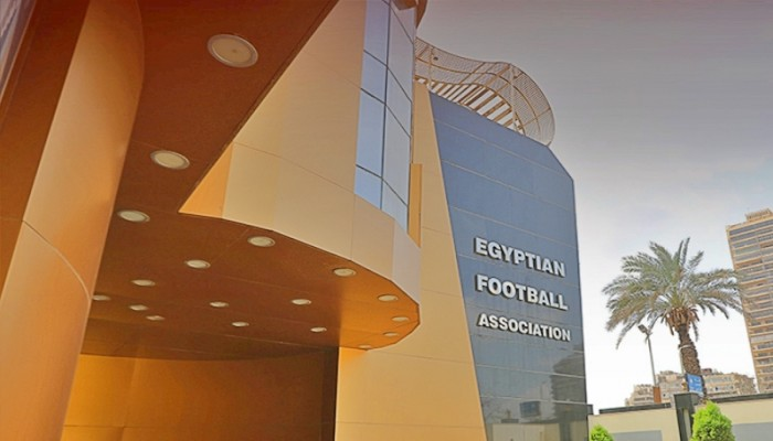 مصر تعلن تعليق دوري كرة القدم بسبب كورونا