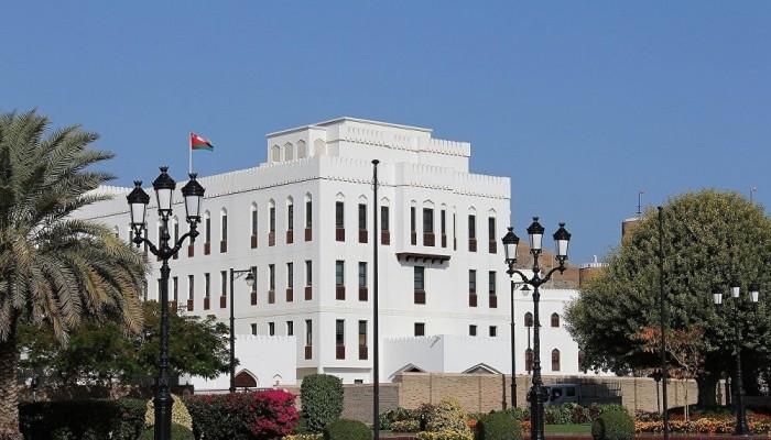 عمان توقف صلاة الجمعة في المساجد للحد من انتشار كورونا